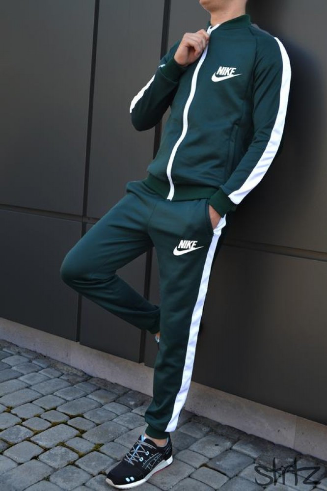 Костюм Nike зелений з білими вставками