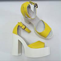 Желтые женские босоножки кожаные на толстом каблуке с подошвой мега удобная колодка