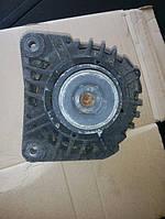Б/у генератор № 8200022774 Renault Kangoo 1,5cdi clio