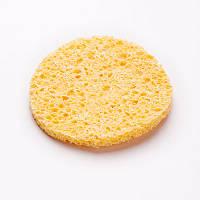 Спонж-губка для очищения кожи круглая. Цвет желтый. Материал: целлюлоза. Диаметр 7 см.