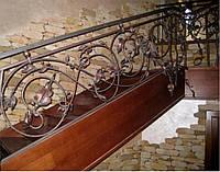 Перила для лестницы из металла для дома
