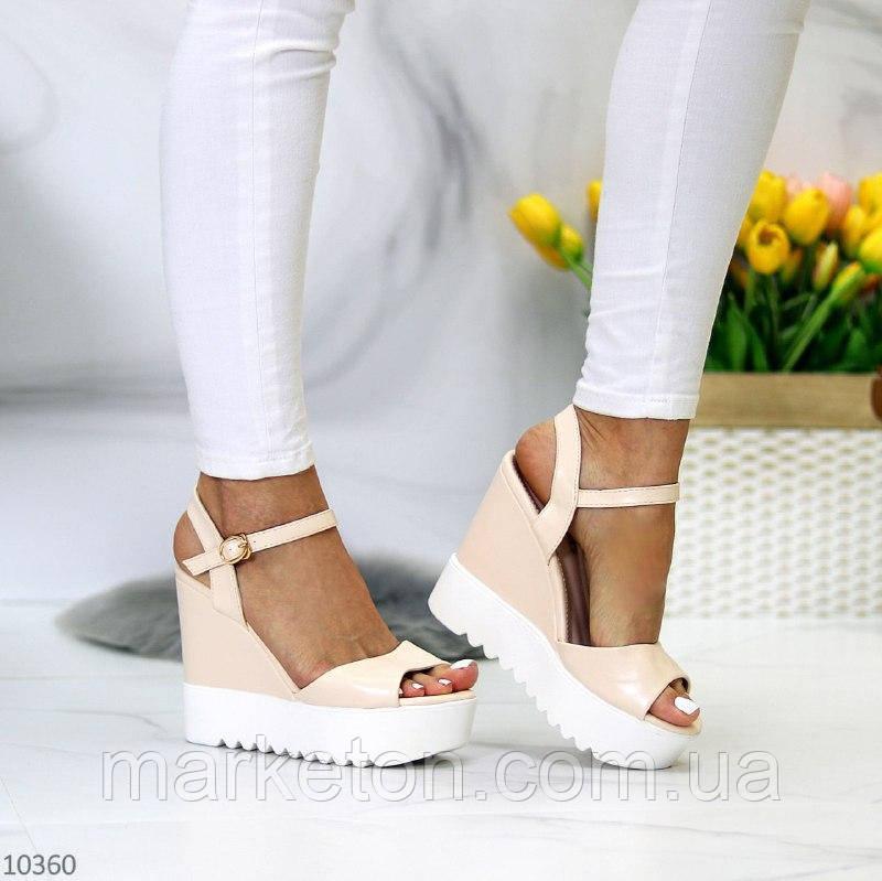 """Жіночі стильні босоніжки на платформі Бежеві """"Vik"""""""