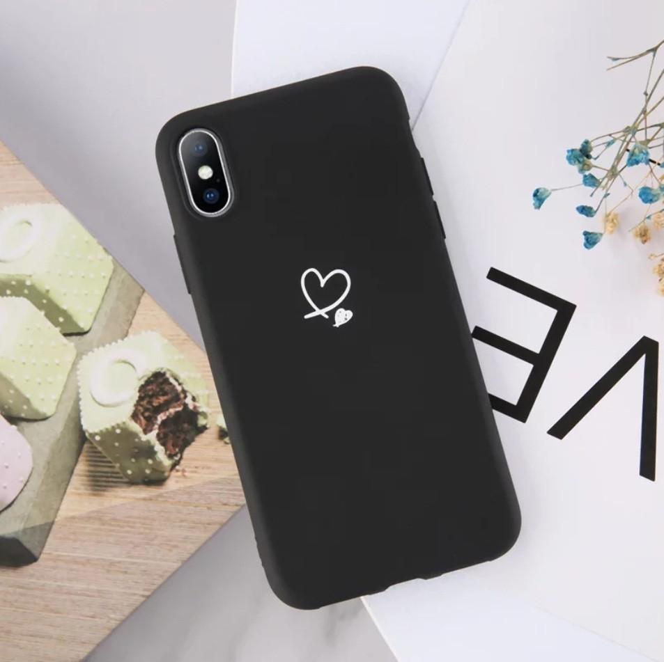 Силиконовый чехол USLION для Apple iPhone X / XS с сердечками черный