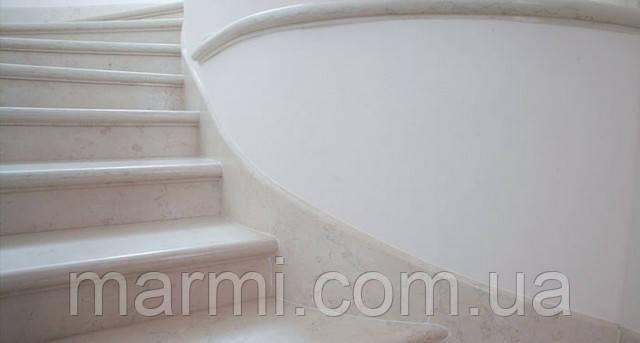 Ступени лестниц Биянко Перлино