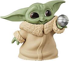 Фигурка Hasbro Star Wars Mandalorian малыш Йода 5см Уценка