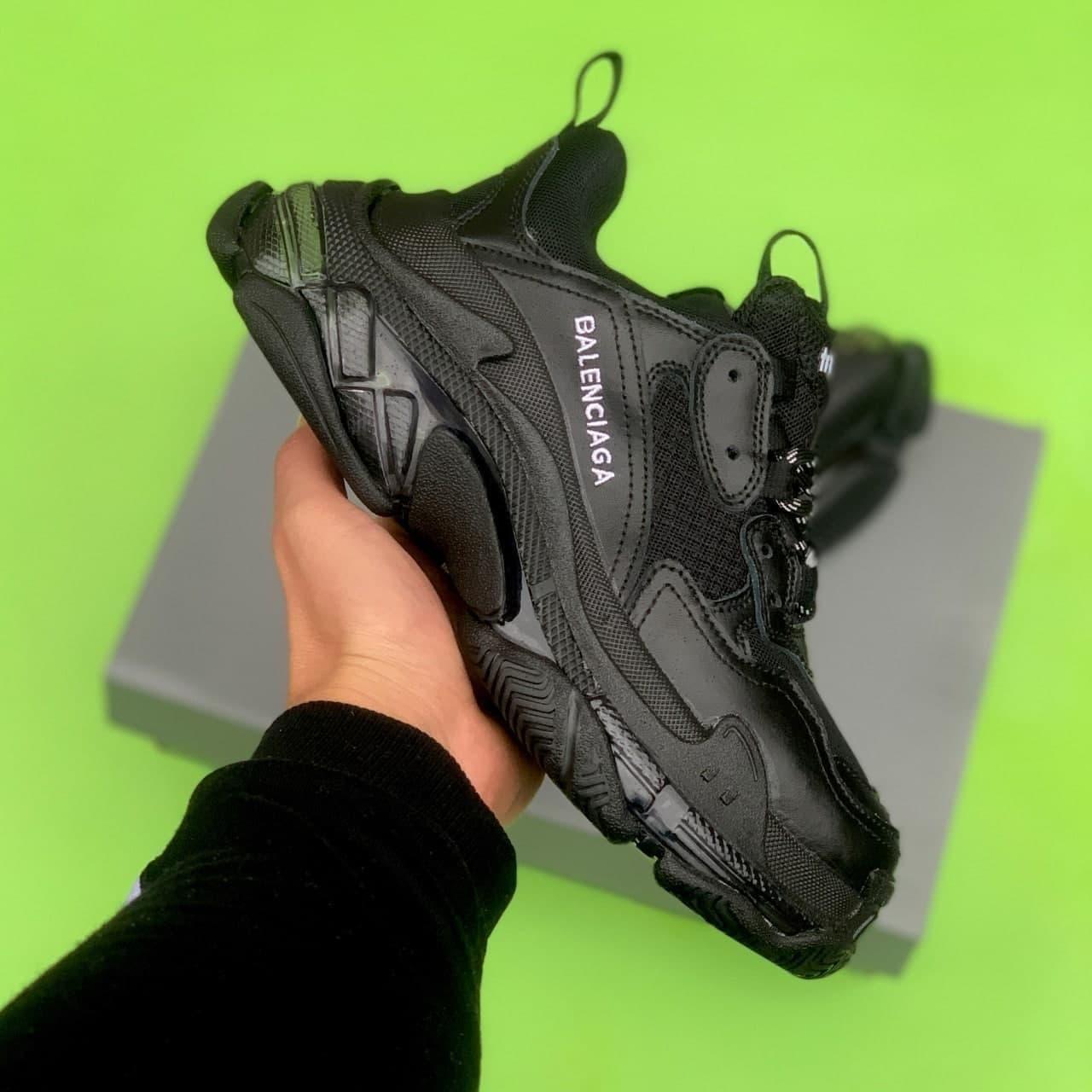 Жіночі Кросівки Balenciaga Triple S Clear Sole Leather Black