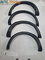 Накладки на арки на ВАЗ 2121 вузькі тюнінг (гладкі)
