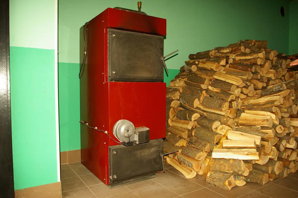 Изготовление и монтаж твердотопливного котла на 40 кВт (Купянск)