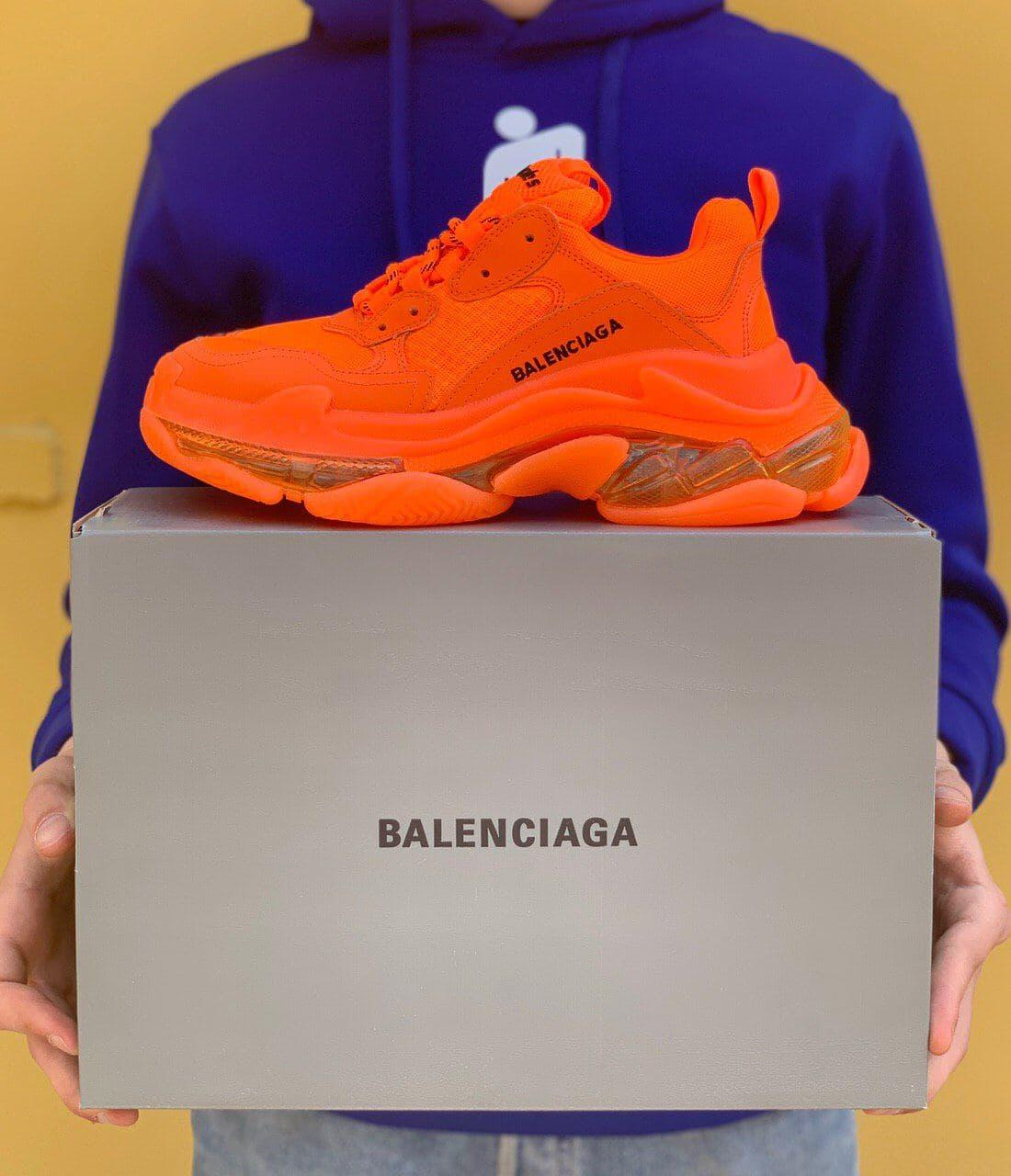 Женские кроссовки Balenciaga Triple S Clear Sole Full Orange