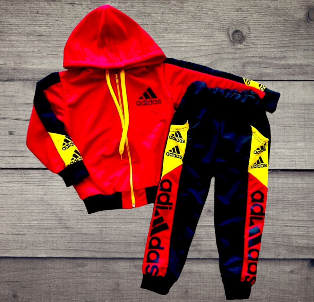 Спортивный костюм из двунити Adidas размеры 30,32