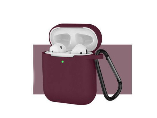 Чехол с карабином для наушников Apple airpods, силиконовый Красное вино