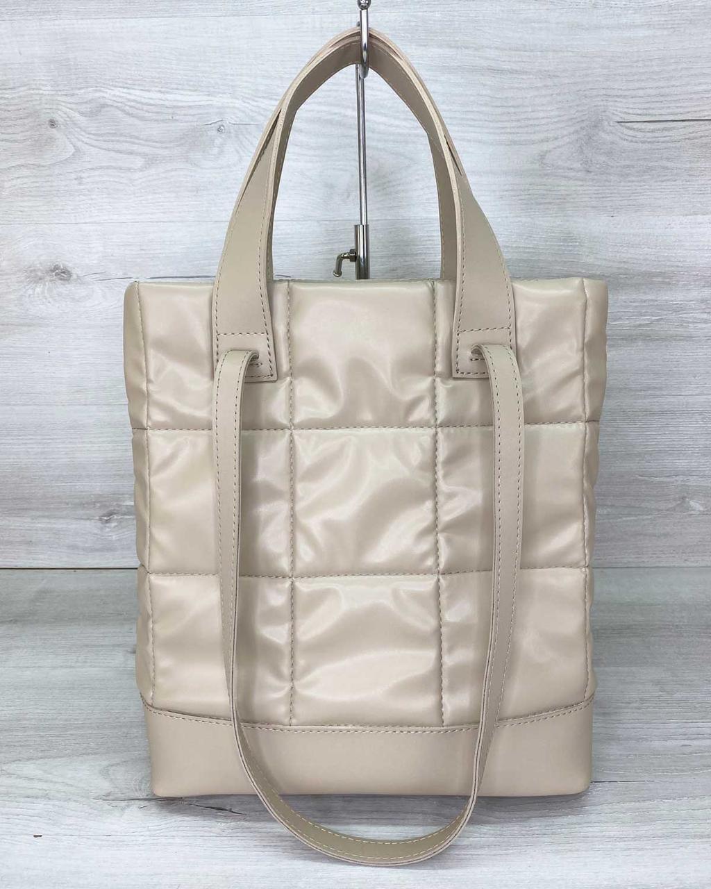 Жіноча сумка «Руки» бежева стьобана