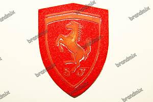 Резиновый логотип на нубуке