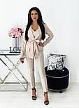 Яркий женский брючный костюм-тройка в расцветках (Норма), фото 8