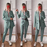 Женский стильный брючный костюм с пиджаком и брюками в расцветках (Норма), фото 8