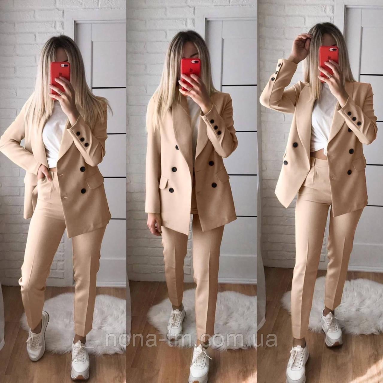 Жіночий стильний брючний костюм з жакетом і брюками в кольорах (Норма)