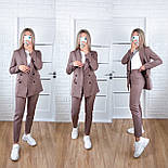 Жіночий стильний брючний костюм з жакетом і брюками в кольорах (Норма), фото 6