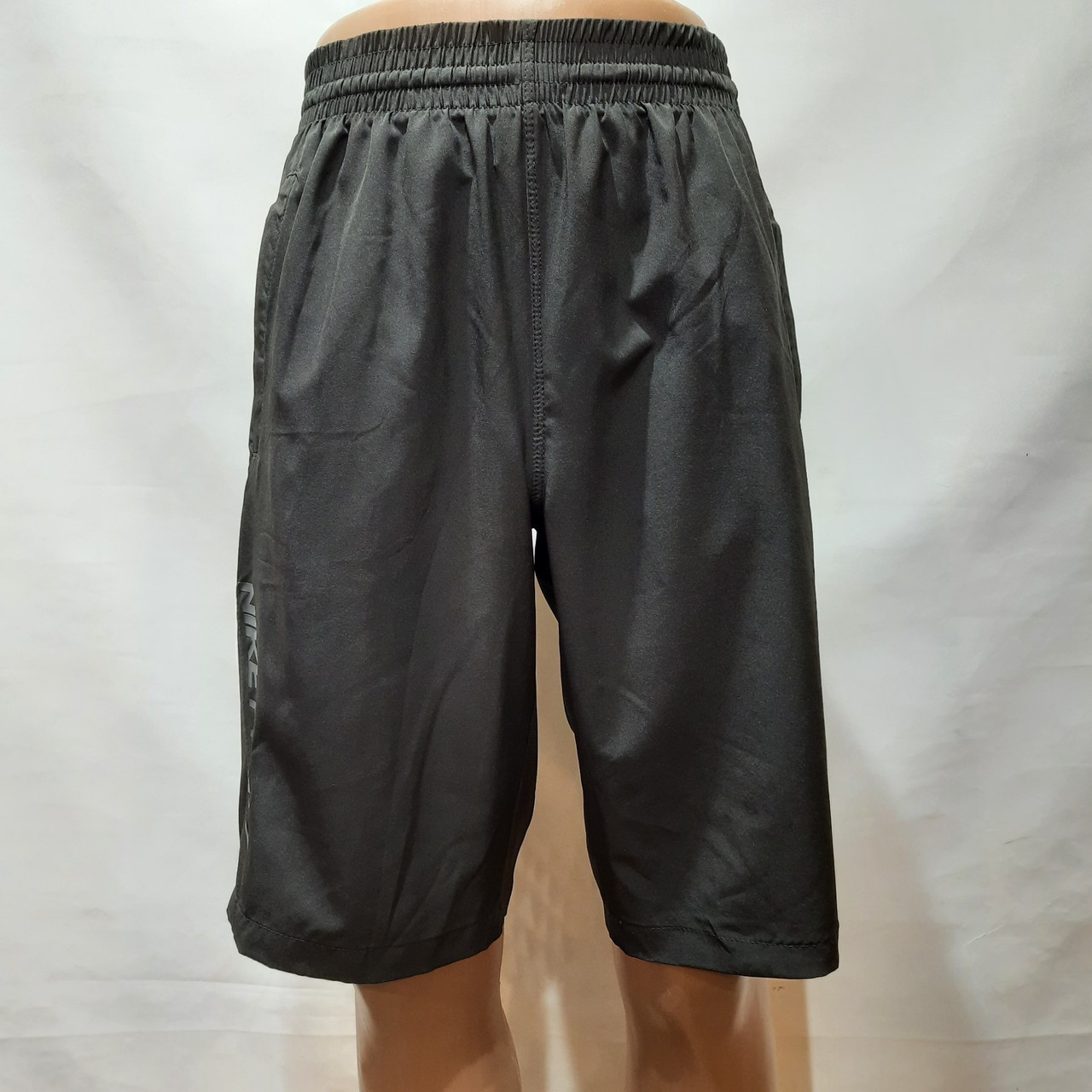 Шорты мужские удлиненные микрофибра в стиле Nike черные