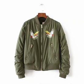 Куртка-бомбер жіноча з вишивкою Eagle Berni Fashion (S)