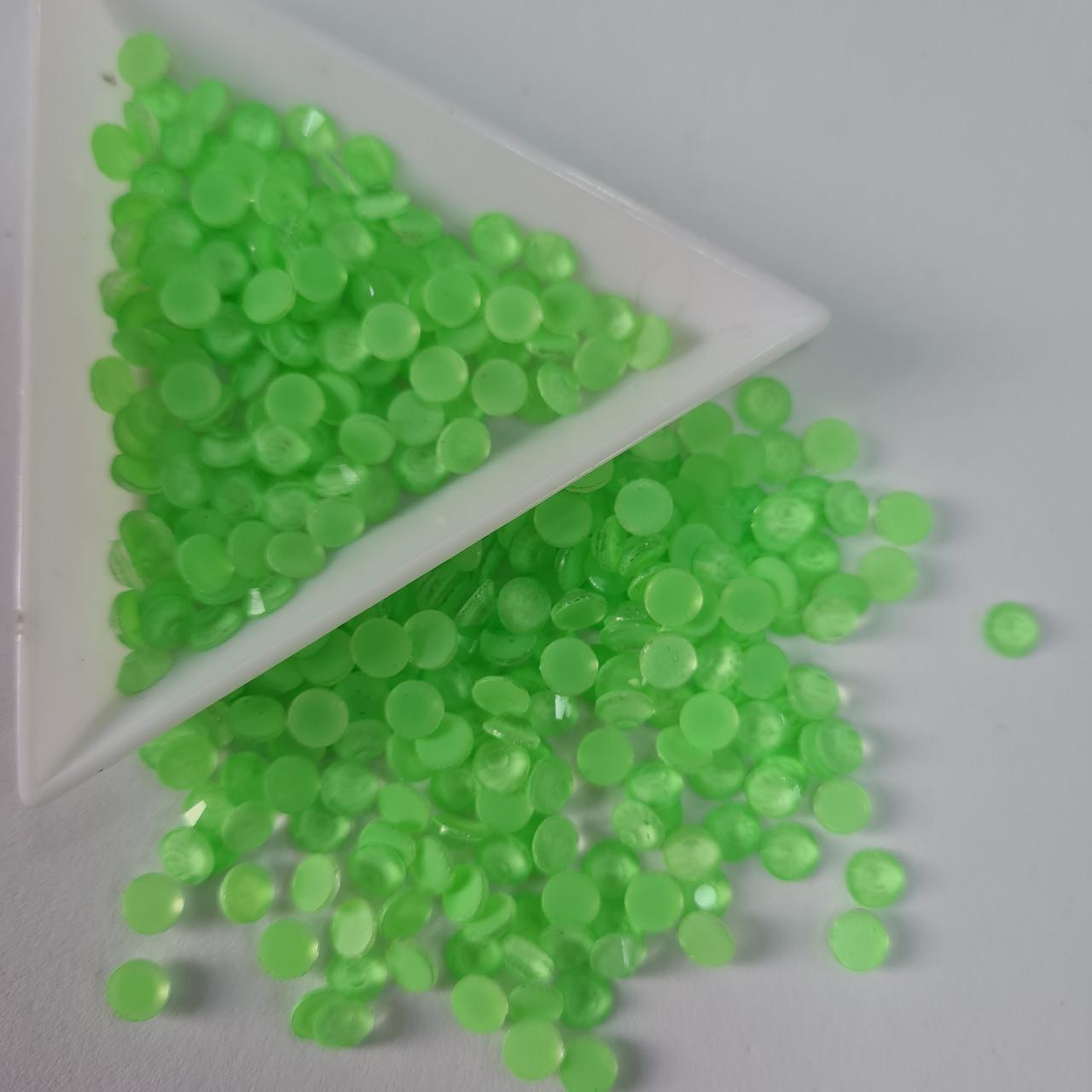 Стразы ss20 Neon Peridot 1440шт, (5.0мм)