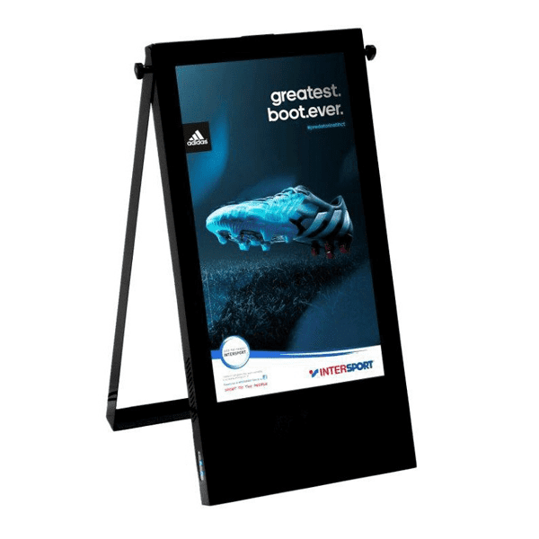 LED медіаштендер Q5 Outdoor 640x1120