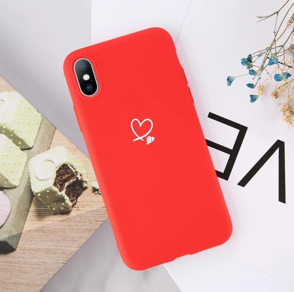 Силиконовый чехол USLION для Apple iPhone X / XS с сердечками красный