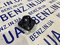 Скоба замка капота Mercedes W204 A2048800060