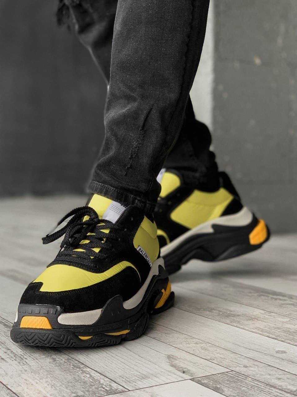 Женские кроссовки Balenciaga Triple S V2.0 Black Yellow