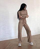 Широкие замшевые брюки с кроп-топом