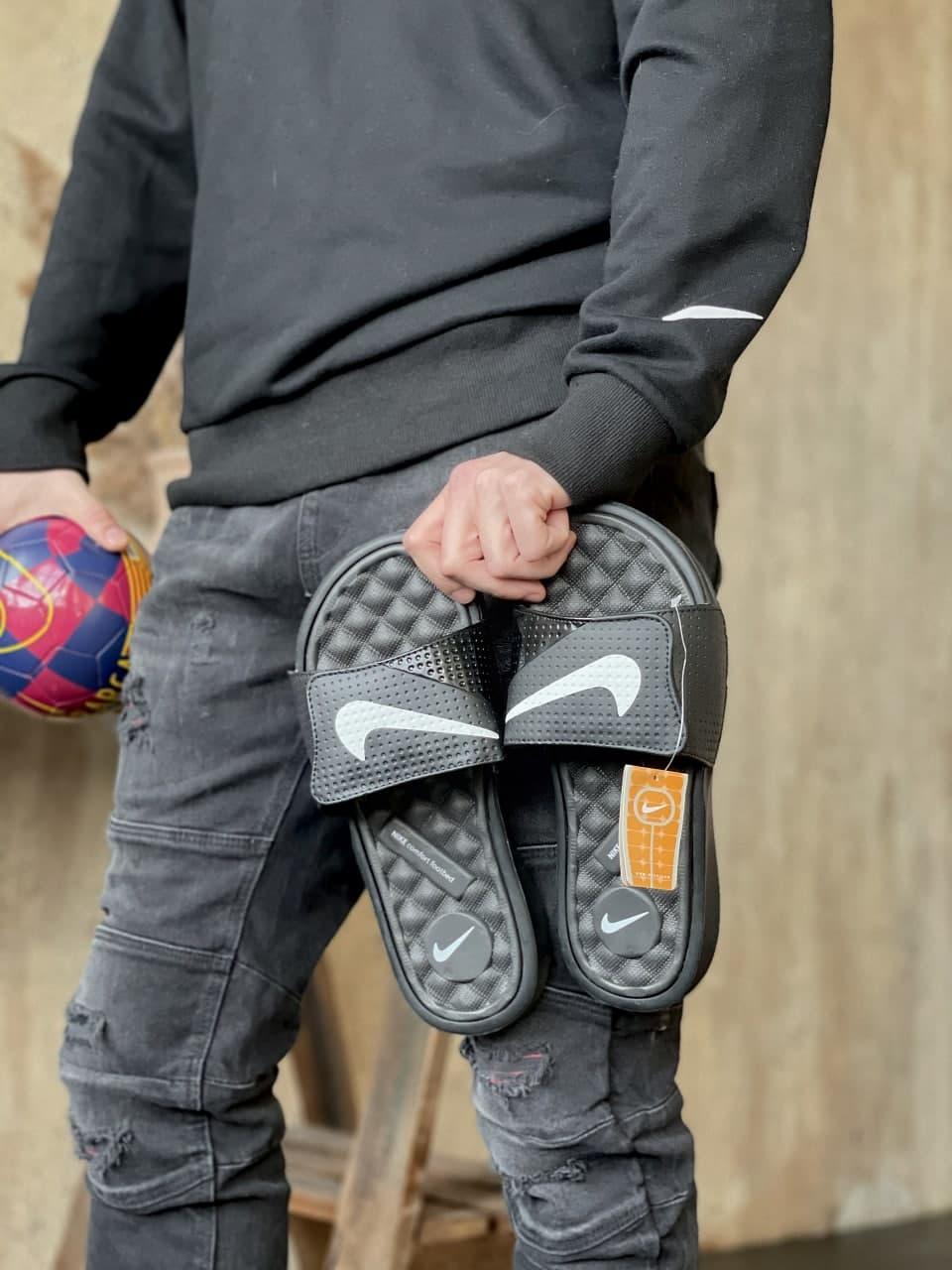 Мужские тапочки Nike Black