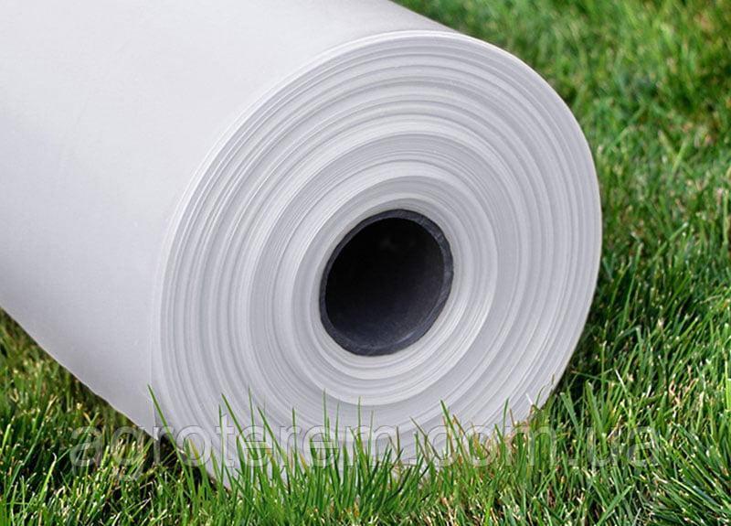 Пленка тепличная белая, ширина - 3м, плотность - 80мкр, длина - 100м.