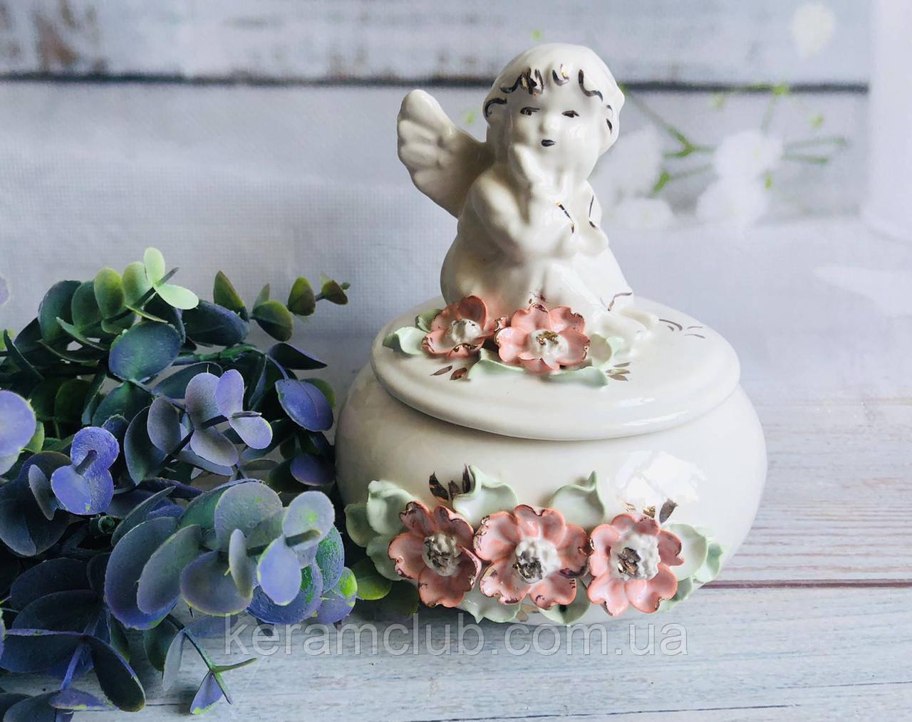 Шкатулка Керамклуб Ангелок цветочная лепка 15*15*16