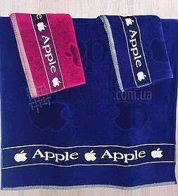 Полотенце велюровое пляжное Apple