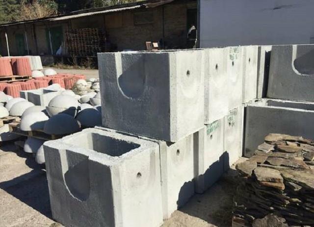 Зливоприймач бетонний