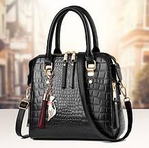 Модная женская сумка через плечо с брелком, сумочка под рептилию змеиная эко кожа