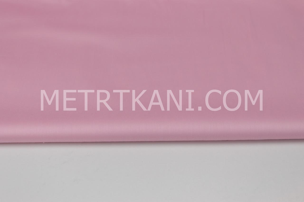 Лоскуток. Сатин  премиум,  светло-розовый  цвет ширина 240 см, 51*240 см