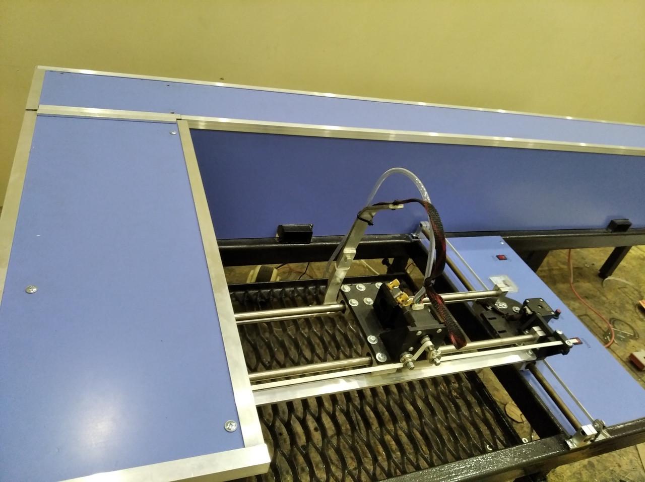 Гравер, СО2 станок с ЧПУ 50 Вт в корпусе. CO2 Laser 50W. Поле 62*64 см