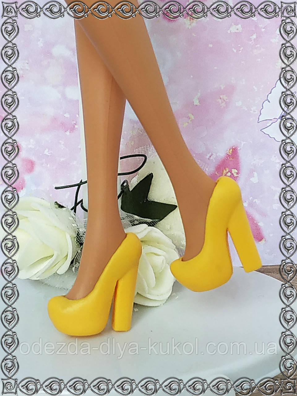 Взуття для Барбі (туфлі)