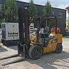 Газовий вилочний навантажувач 2.5 тонни Caterpillar GP30N б/у