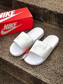 Жіночі тапочки Nike White 39