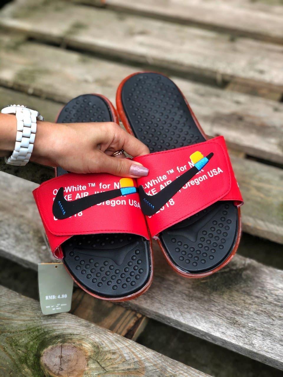 Чоловічі тапочки Nike Red