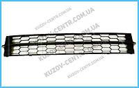 Решетка бампера Skoda Rapid 12- нижняя средняя (FPS) 5JA853677