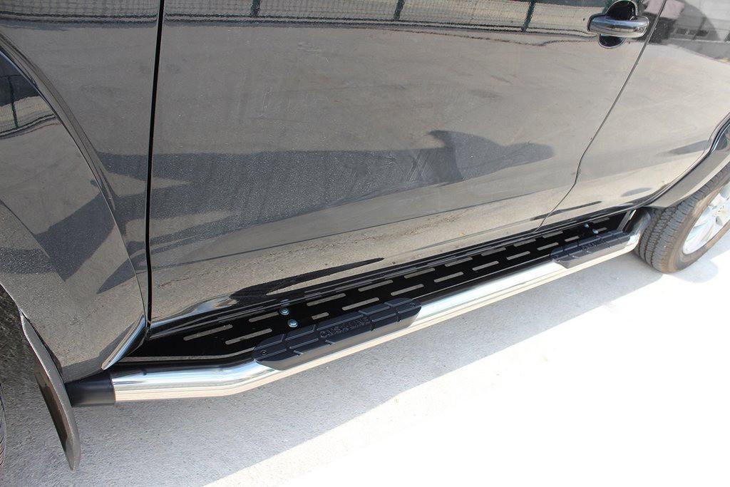 Бокові пороги Amazon Silver (2 шт., нерж) 76 мм для Nissan Navara/NP300 2016↗