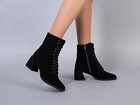 Ботинки женские замшевые черного цвета, на каблуке, на байке