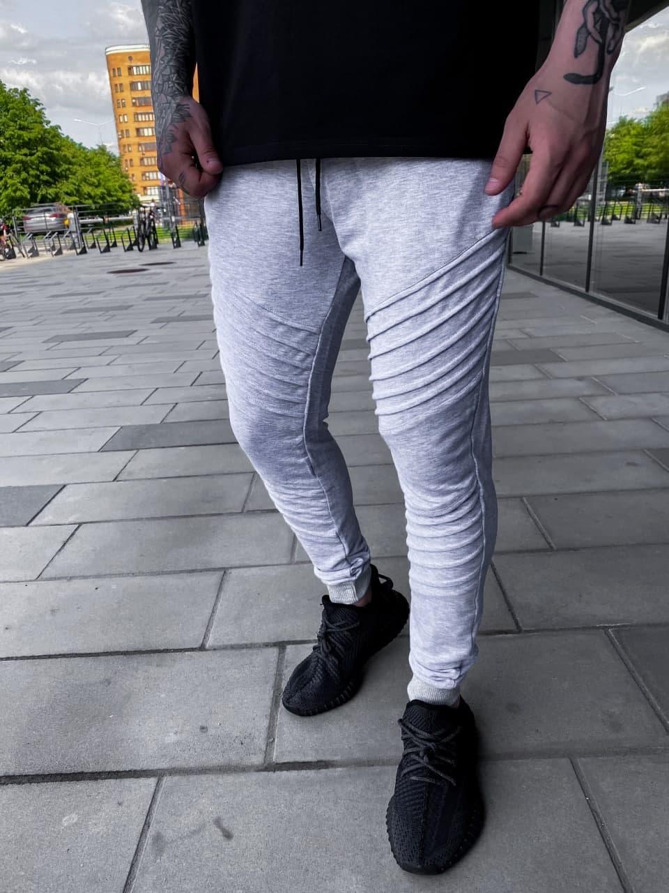 Чоловічі спортивні штани (сірі) з смугами, легкі завужені на літо SU8