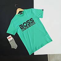 Мужская бирюзовая хлопковая футболка с принтом на груди Boss с круглой горловиной и коротким рукавом