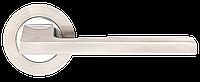 """Дверные ручки на круглой розетке A-1220 SN/CP (Матовый никель/полированный хром), нажимные от ТМ """"MVM"""""""