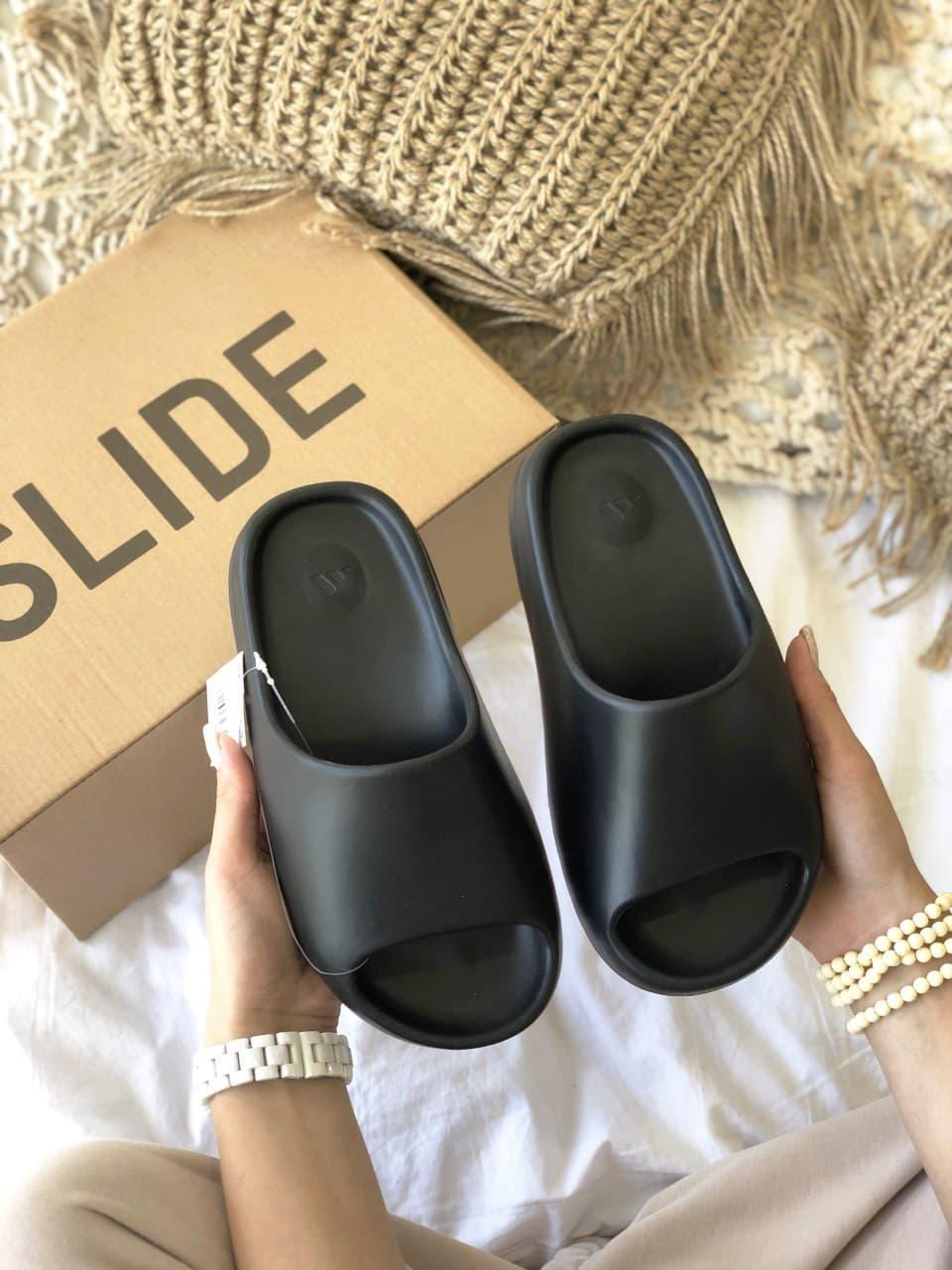 Мужские тапочки Adidas Yeezy Slide Black