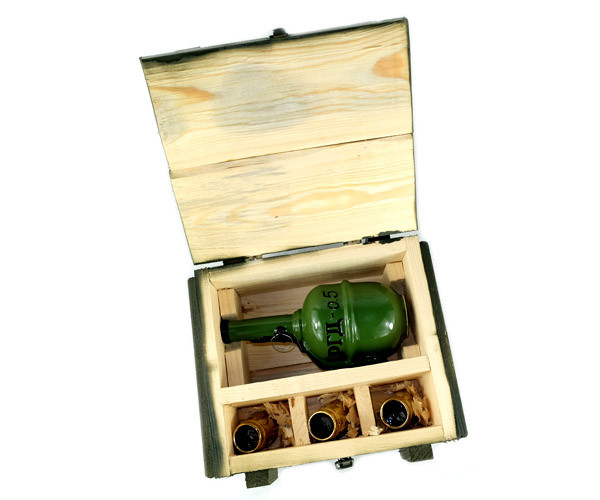 РГД-0,5 - военный набор в деревянном ящике