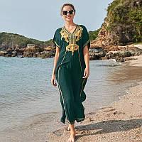 Красивая длинная пляжная накидка-платье зеленого цвета с вышивкой